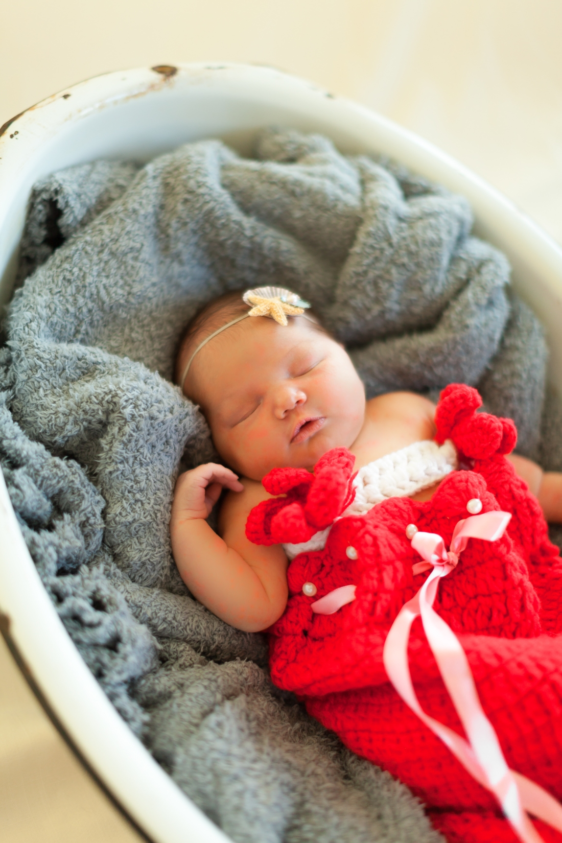 WEB_MackenzieWicks-Newborn2015©HeatherEastPhotography15IMG_5799